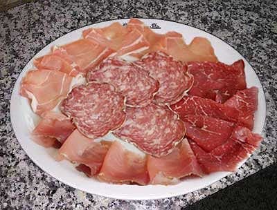 Un piatto di affettati misti del Ristorante Le Capannelle di Milano