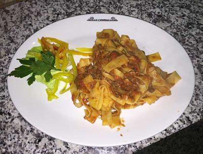Un profumatissimo piatto di tagliatelle al ragù del Ristorante le Capannelle