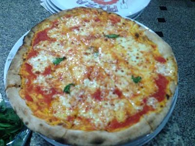 Una bella pizza margherita del Ristorane Pizzeria Le Capannelle